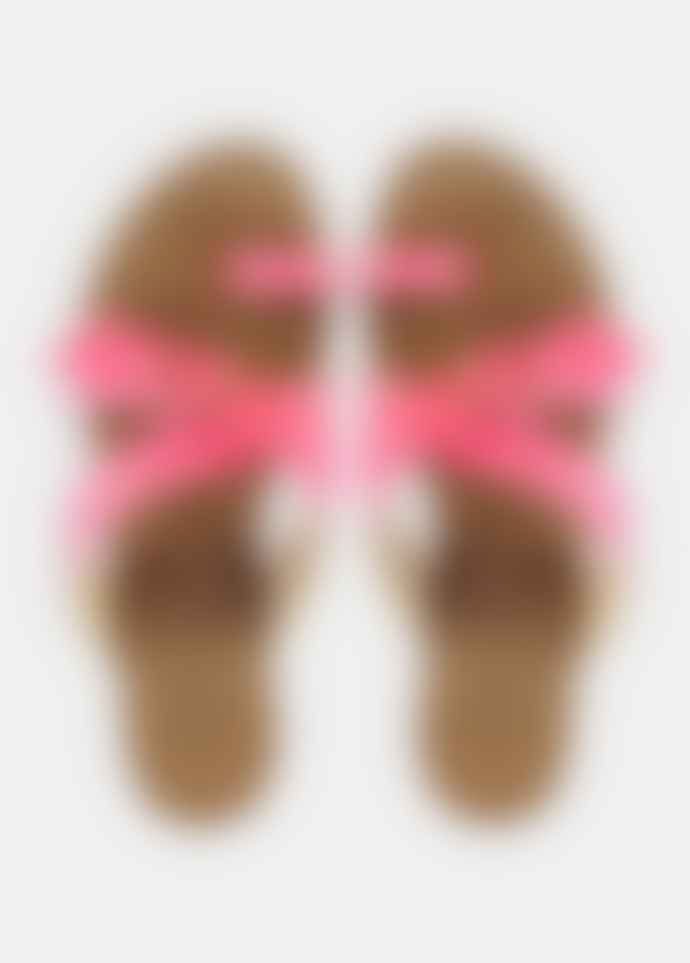Essential Antwerp Soquiteneon flat neon pink sandal
