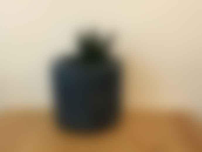 les pieds de biche The big, blue jar