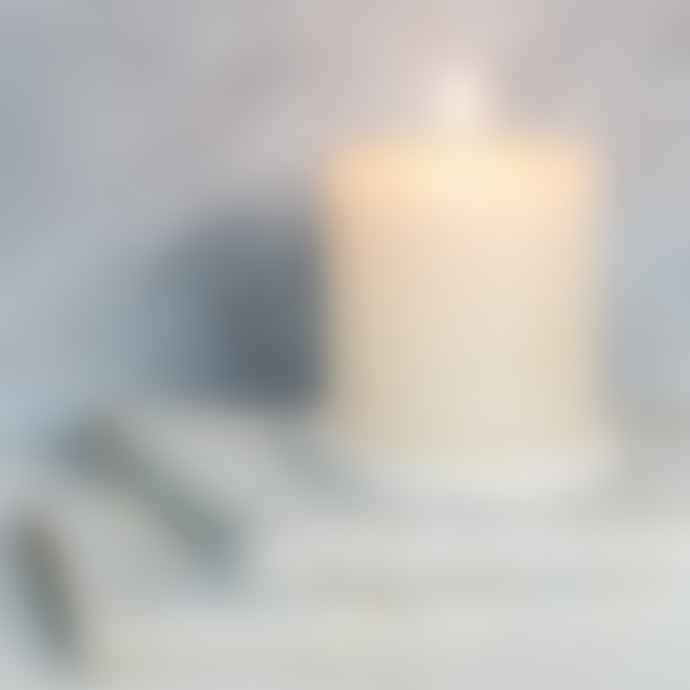Dassie Artisan Cotton Blossom Aromatic Candle - 100mm x 100mm