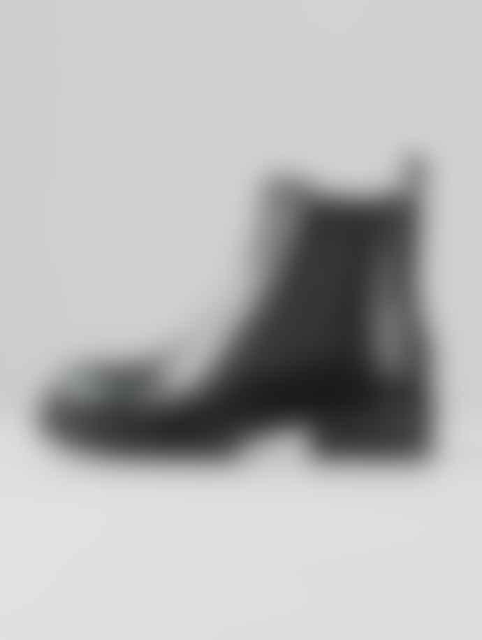 Vagabond Kenova Black Leather Chelsea Boots