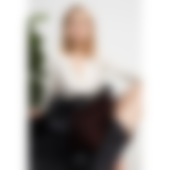 Set Fashion Blouse with V Neck- Pristine