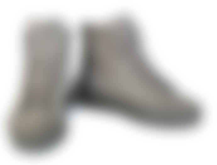 Tenpoints grey laced suede shoes, lined in real wool