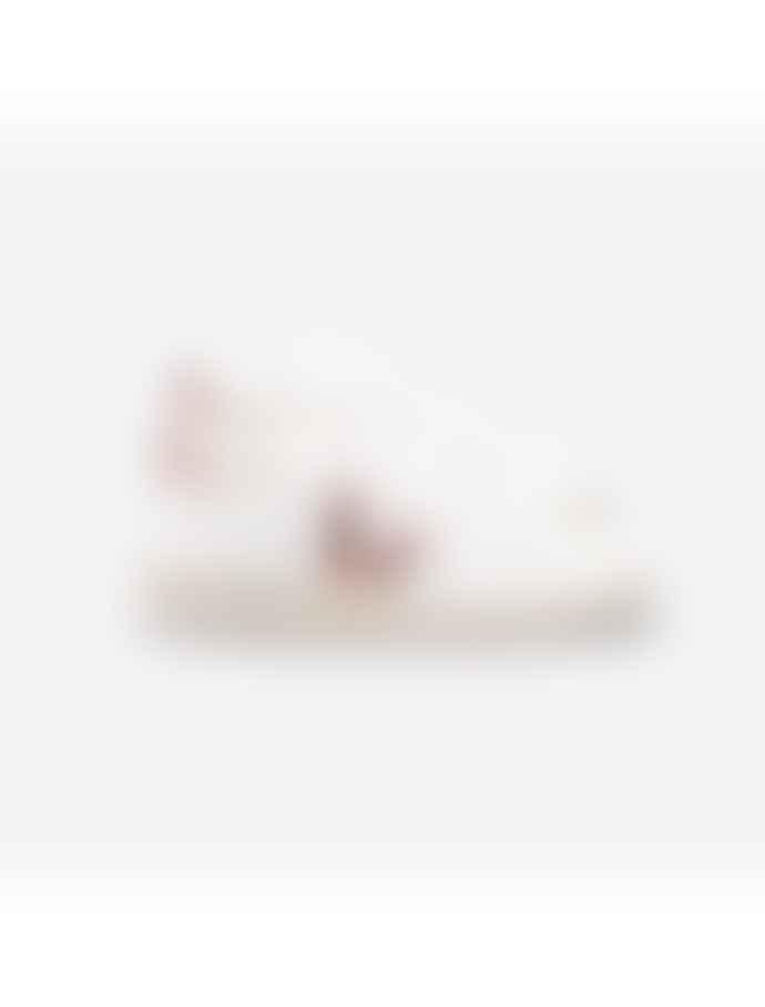Veja V10 Leather Extra White - Nacre