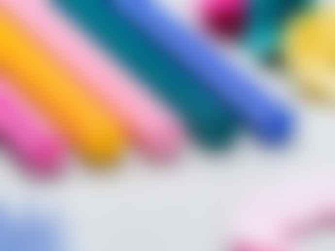 Trinus Hana Flower Coloured Pencils Set
