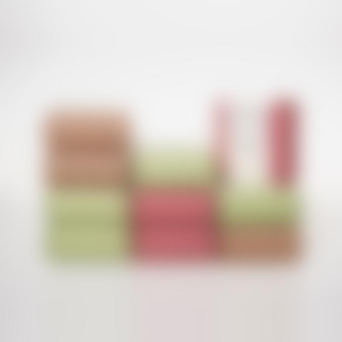 "Pura Cal Jasmine, Iris & Sandalwood 150g Red Soap ""Pele"" Skin"