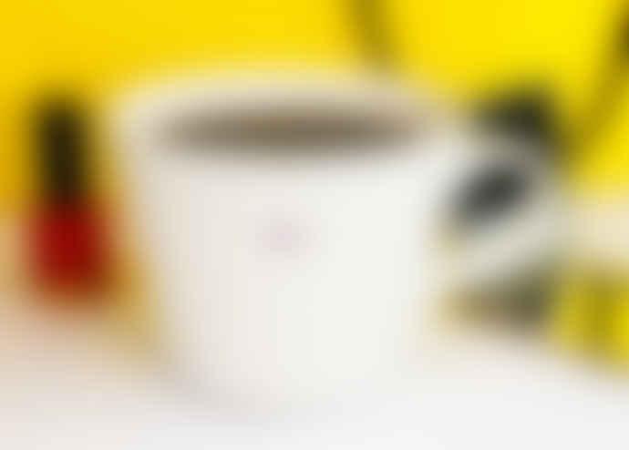 Make International Medium White Standard Bucket Mug with Lilac Diva Text