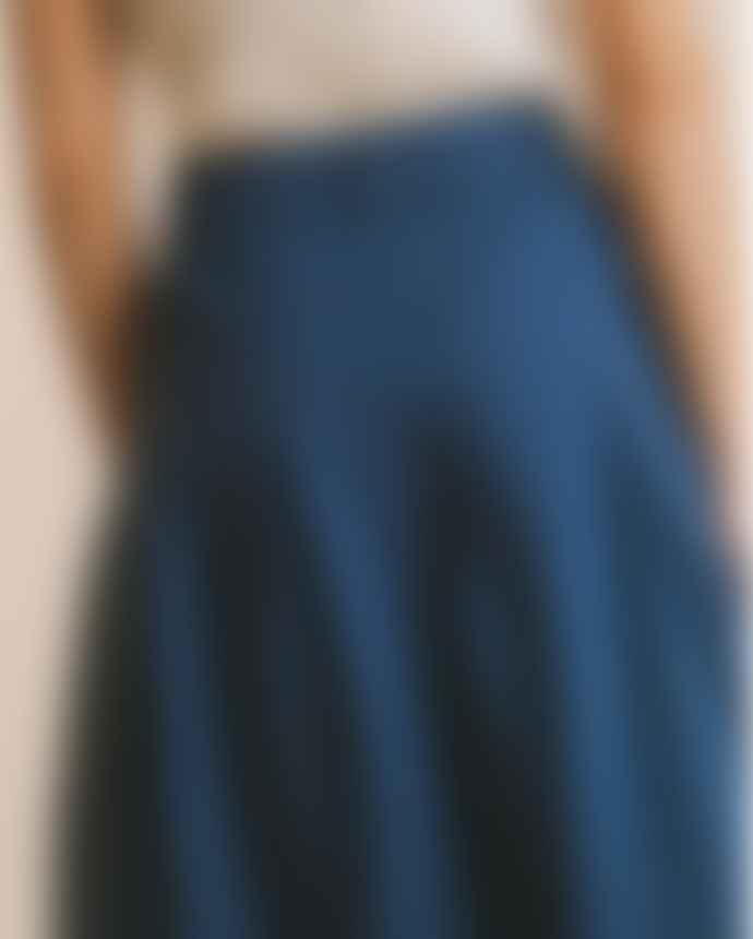 Thinking Mu Mid-Length Duck Blue Skirt in Hemp and Tencel Tugela
