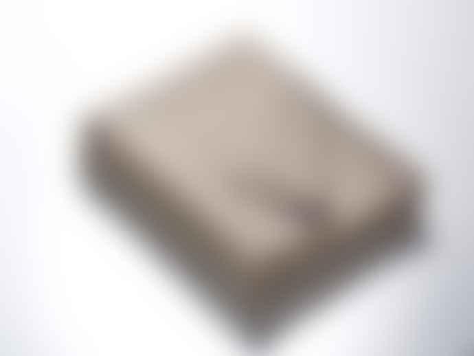 WOLLZEIT Grey Blanket with White Stitching