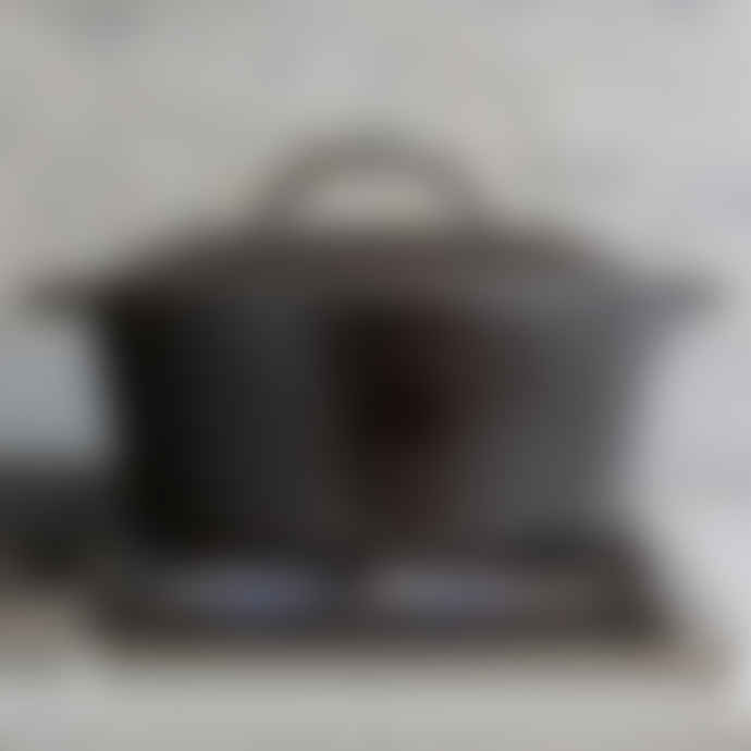 Lodge Cast Iron Dutch Oven 5 Quart