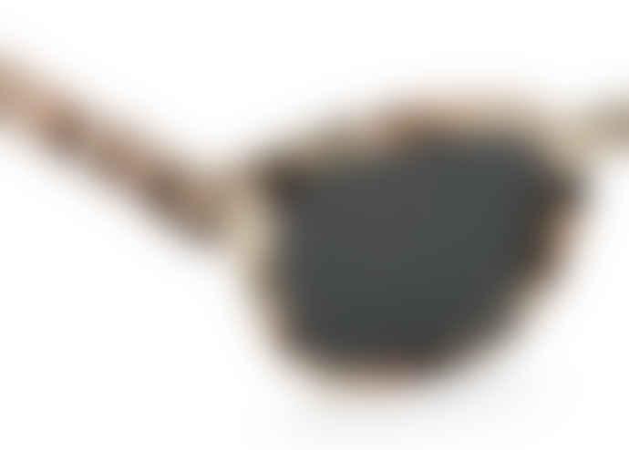 IZIPIZI Izipizi Sunglasses Model C in Light Tortoise