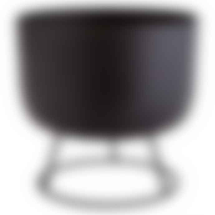 Madam Stoltz Flower Pot with Round Stand