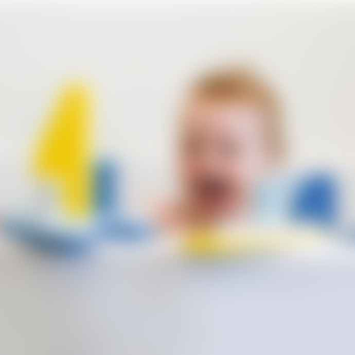 Quut Opia Sail Away Bath Puzzle