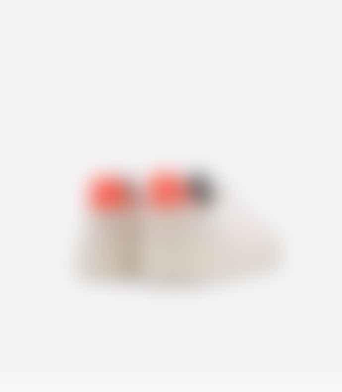 Veja V10 White, Petale & Orange