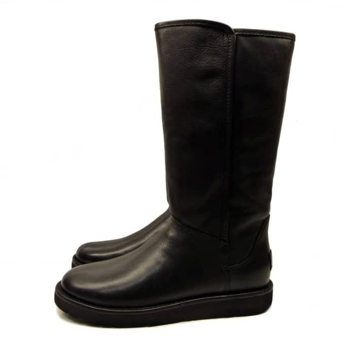 d12071e8965 UGG AUSTRALIA Abree II Classic Luxe Leather Boot