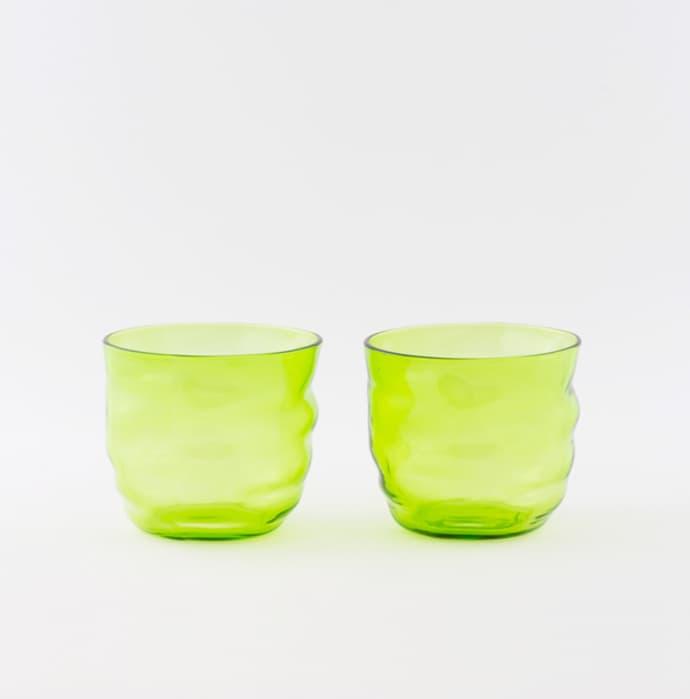 un vaso de agua in english