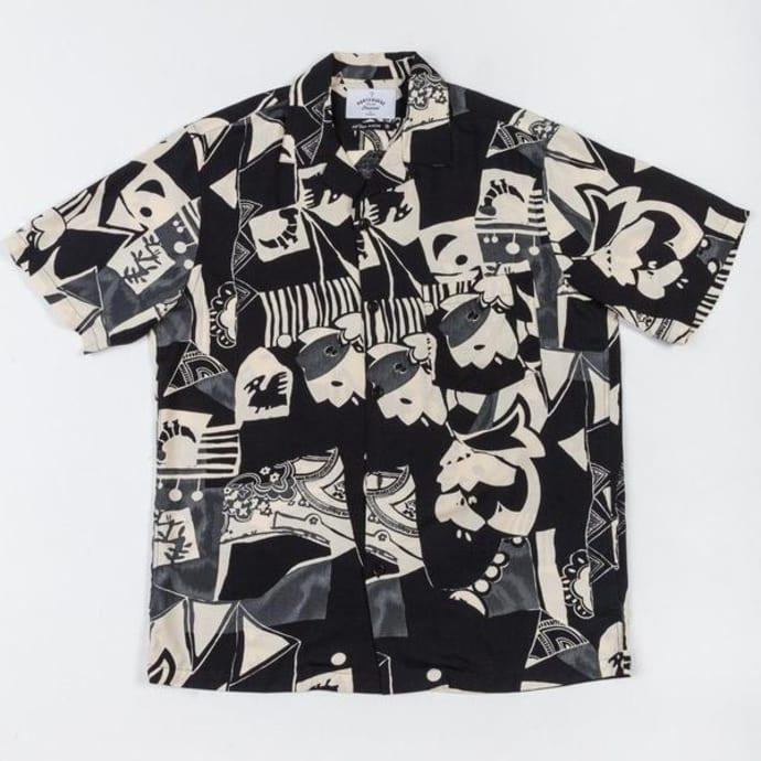d8343790479e8 Trouva: Cuca Black Short Sleeve Shirt