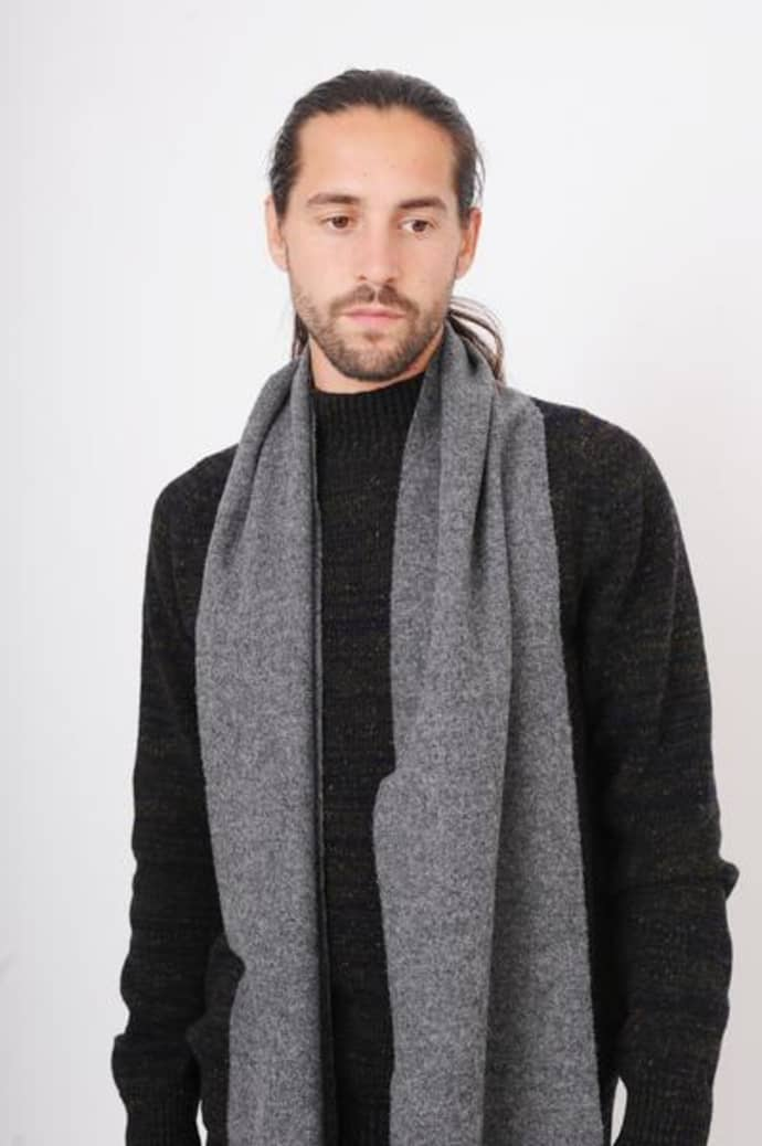 cc22b93d450 Norse Projects Magnet Grey Norse X Johnstons Scarf