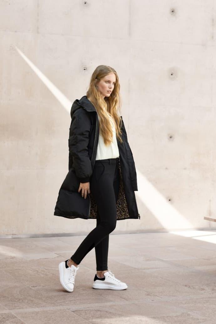 schönen Glanz heißester Verkauf am besten auswählen Spoom Black Valery Down Coat