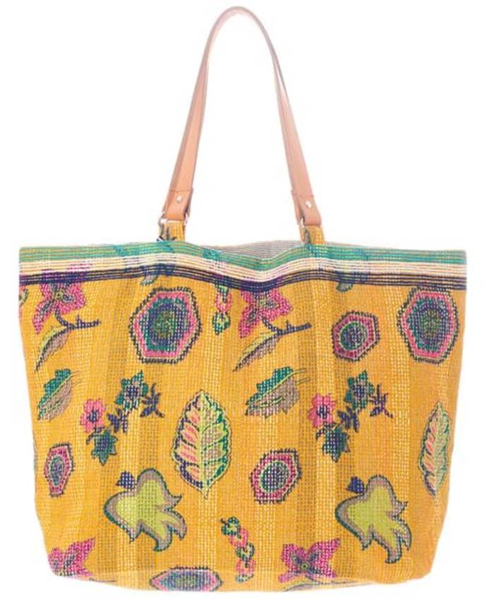 Star Mela Womens Coconut Color Pouch