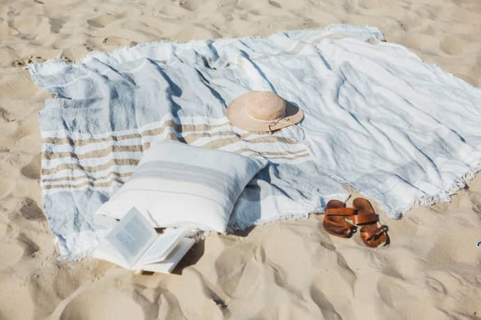 Libeco Oyster Stripe The Belgian Linen Towel