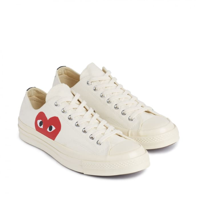 audiencia estante abajo  Trouva: X Converse Red Heart Chuck Taylor All Star 70 Low White Shoes