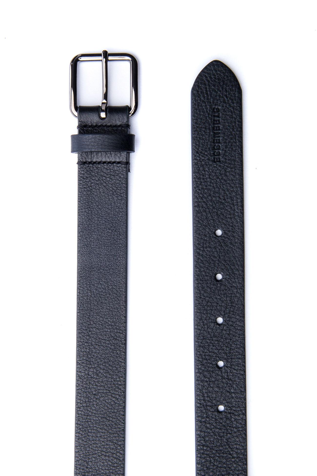 Elegant leather belt