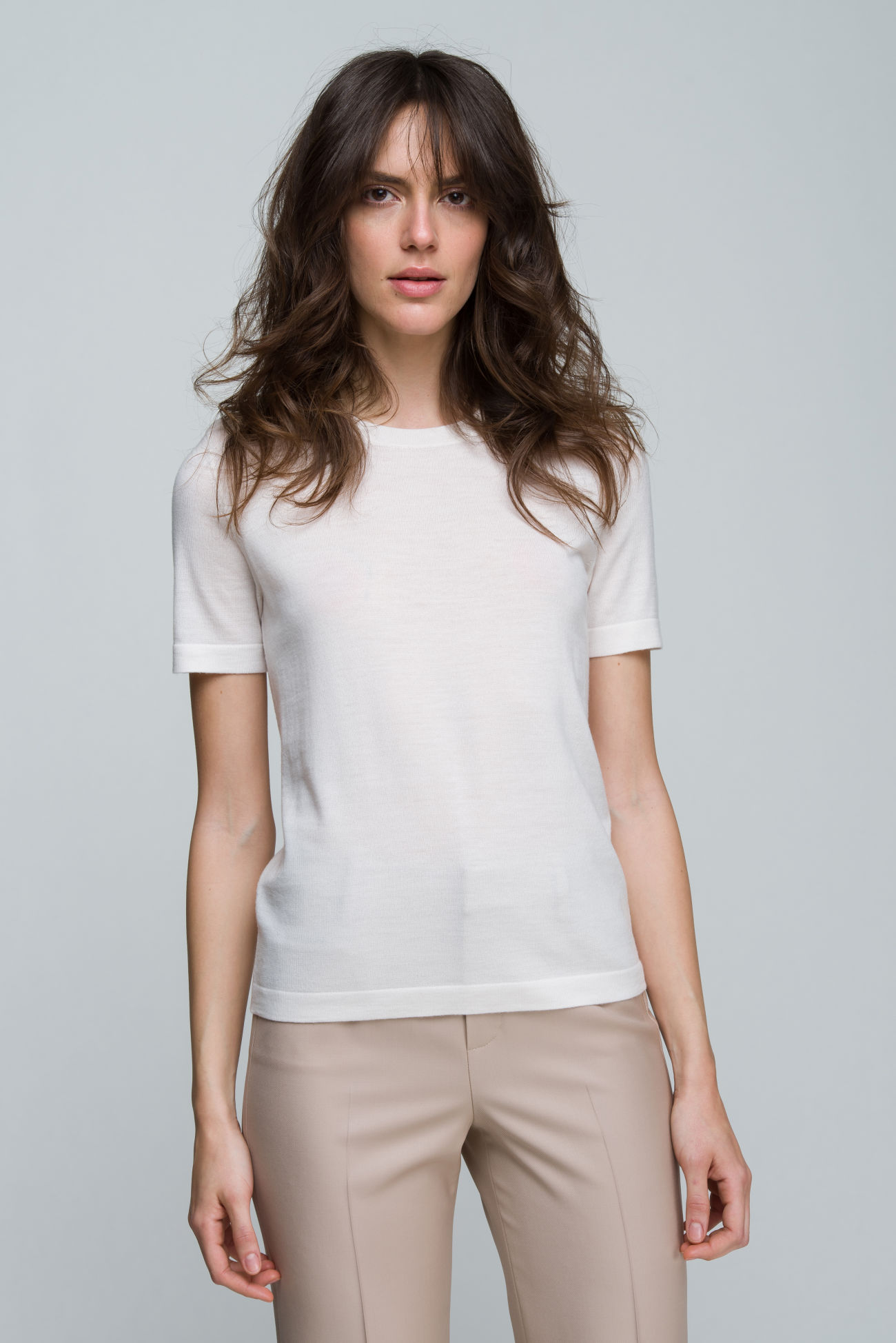 Short-sleeved top