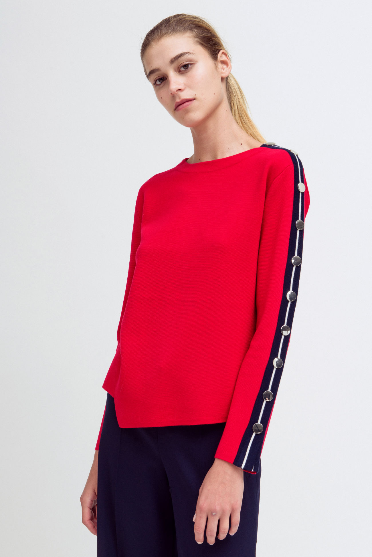 Straight sweater