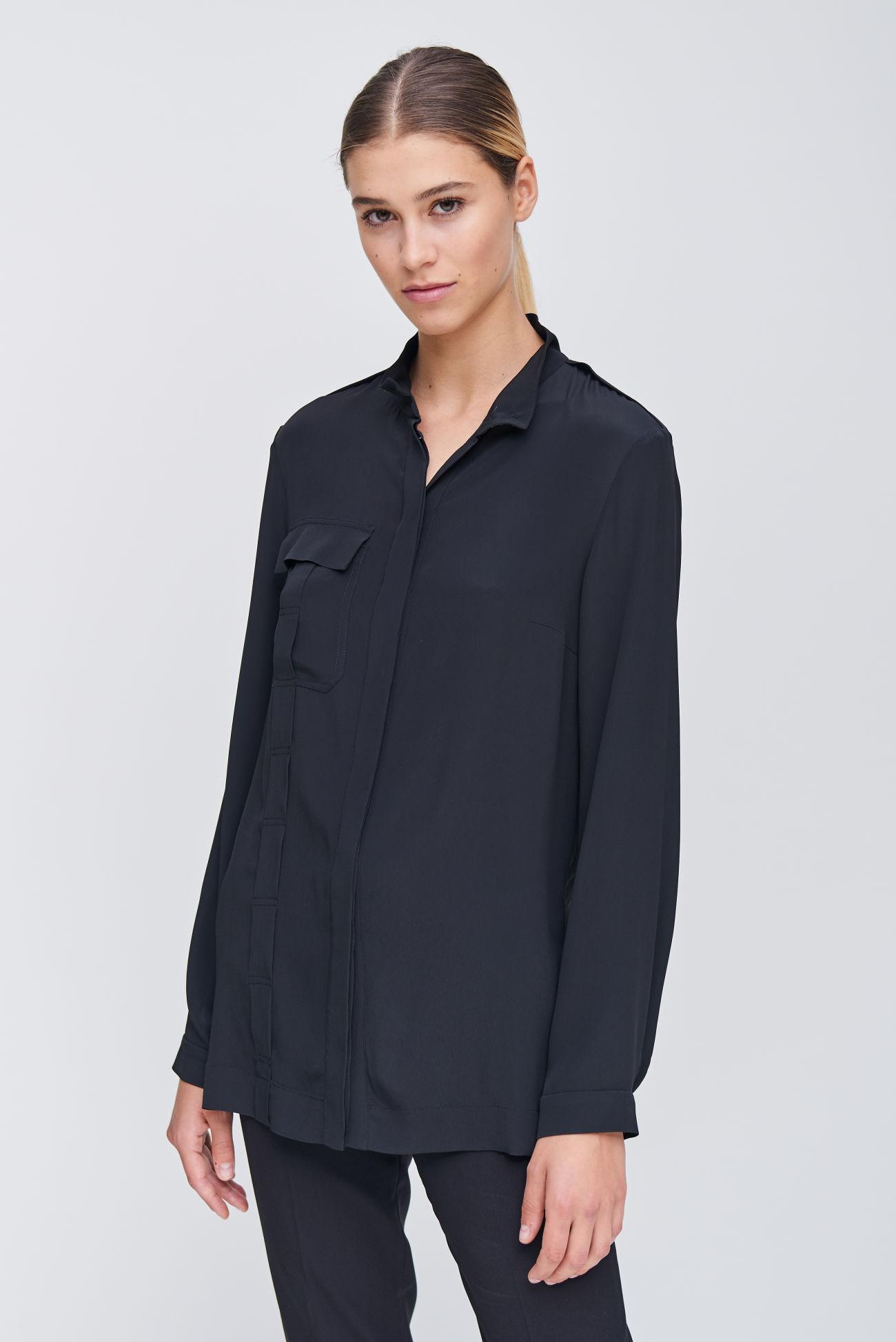 Fashionable shirt blouse