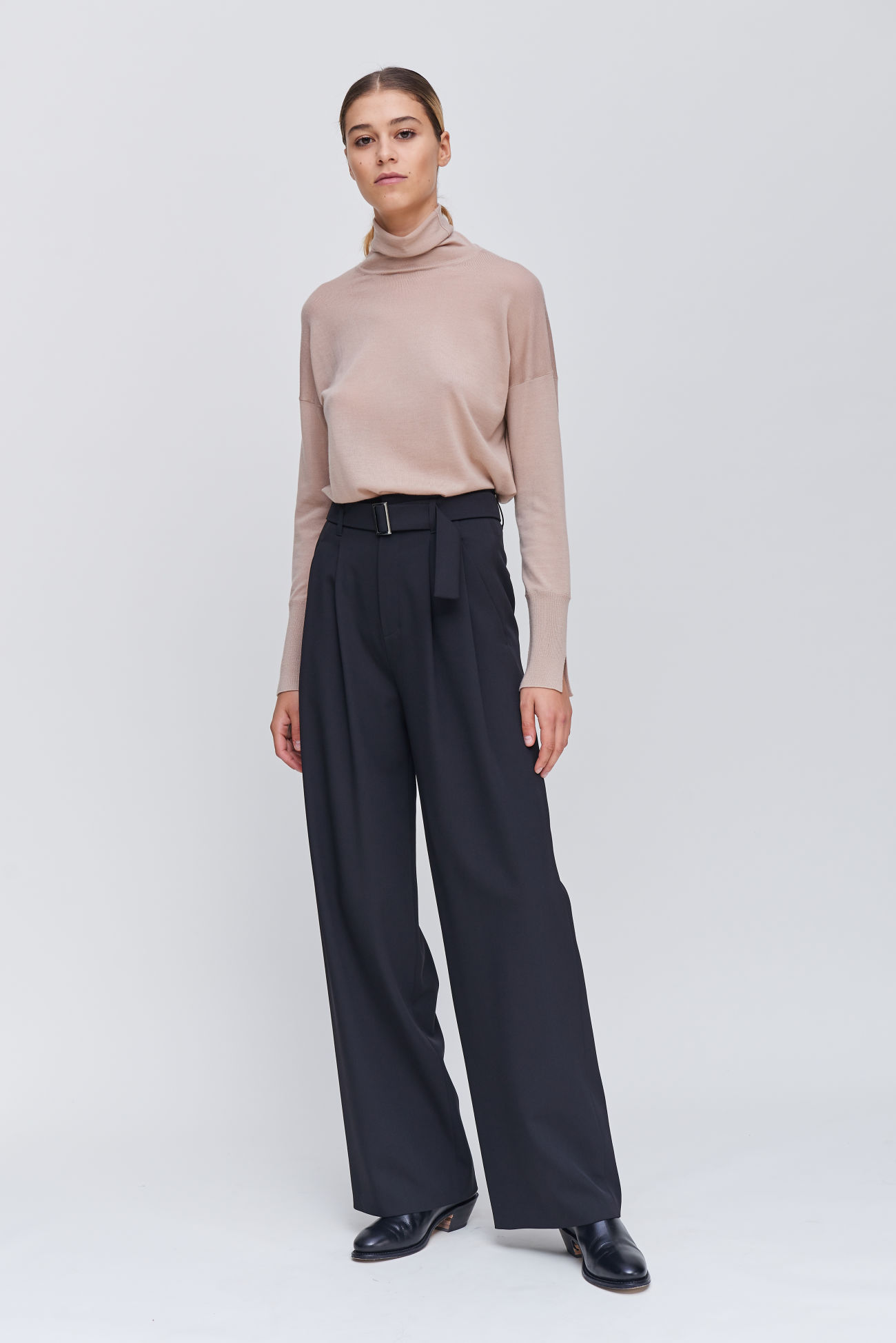 Lambswool trousers