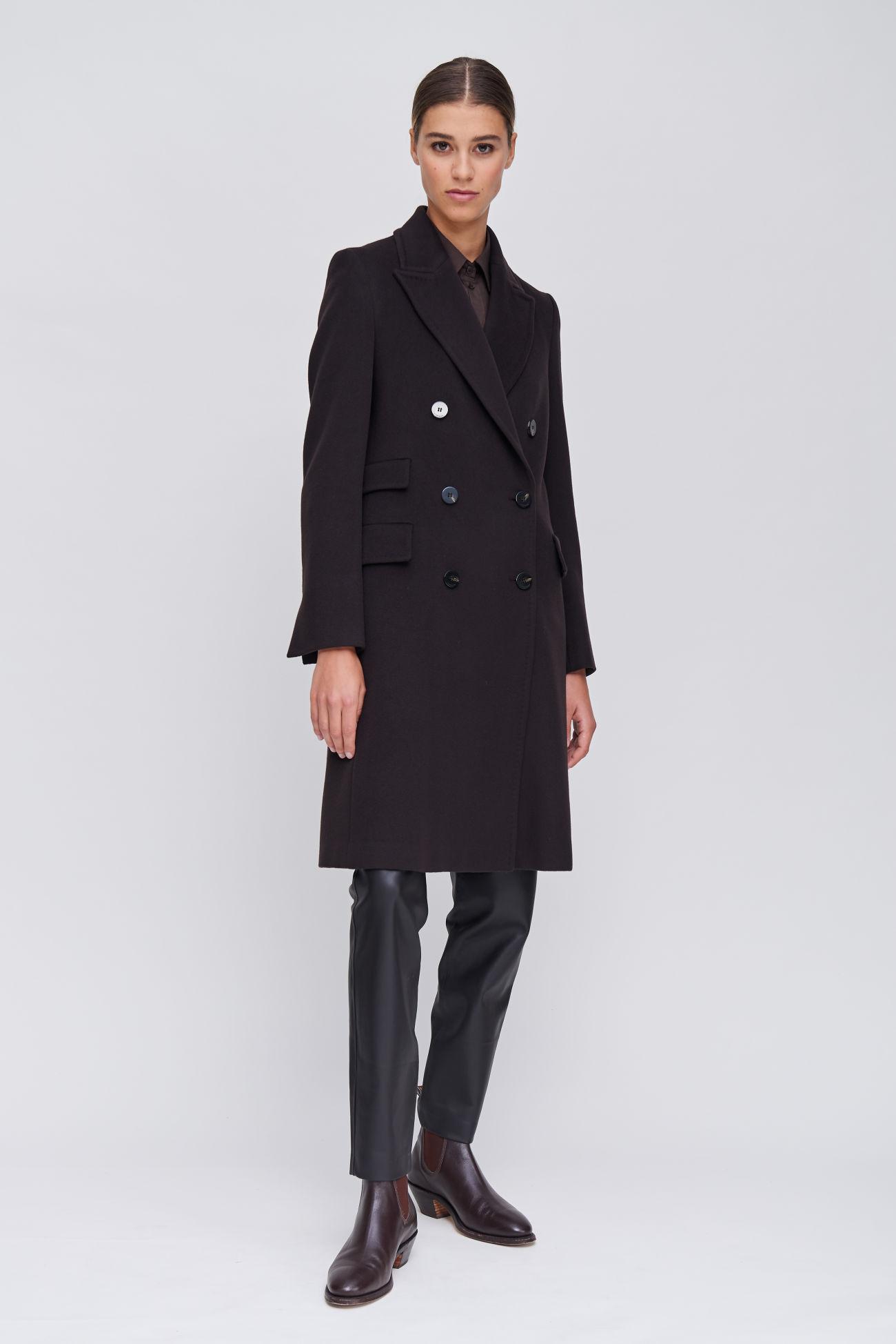 Luxurious coat