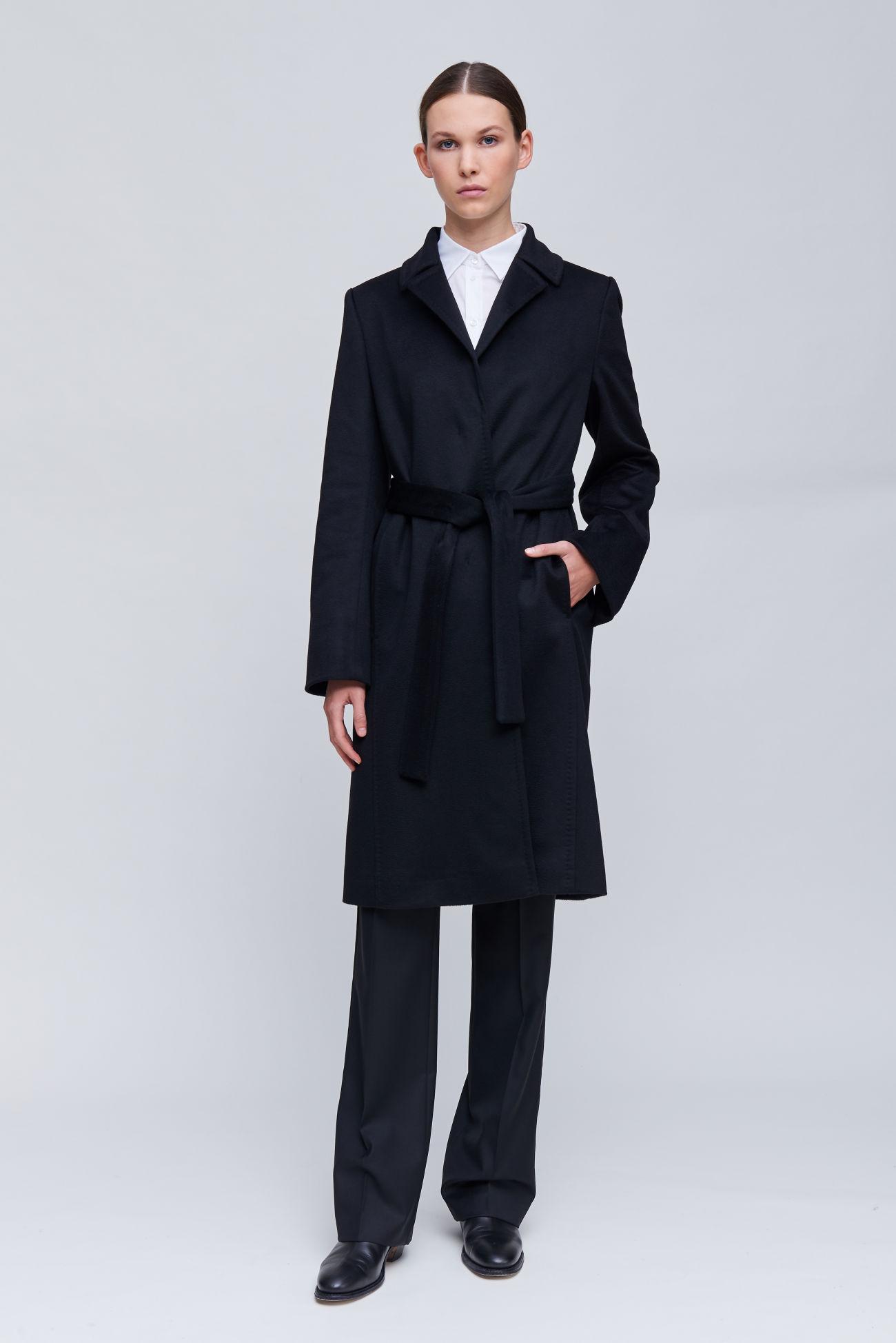 Mittellanger Mantel