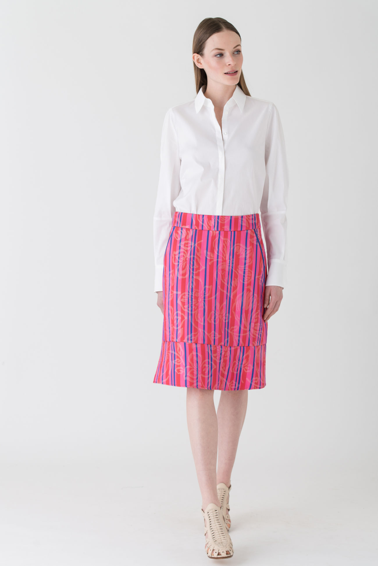 Flared skirt made of classy jacquard fabric