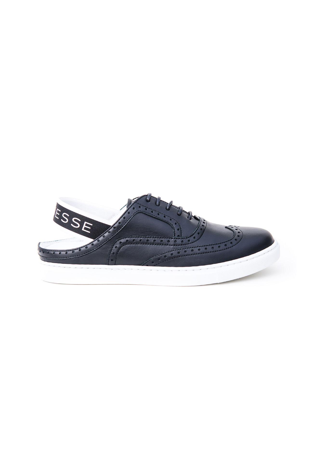 Cut out Sneaker Anouk