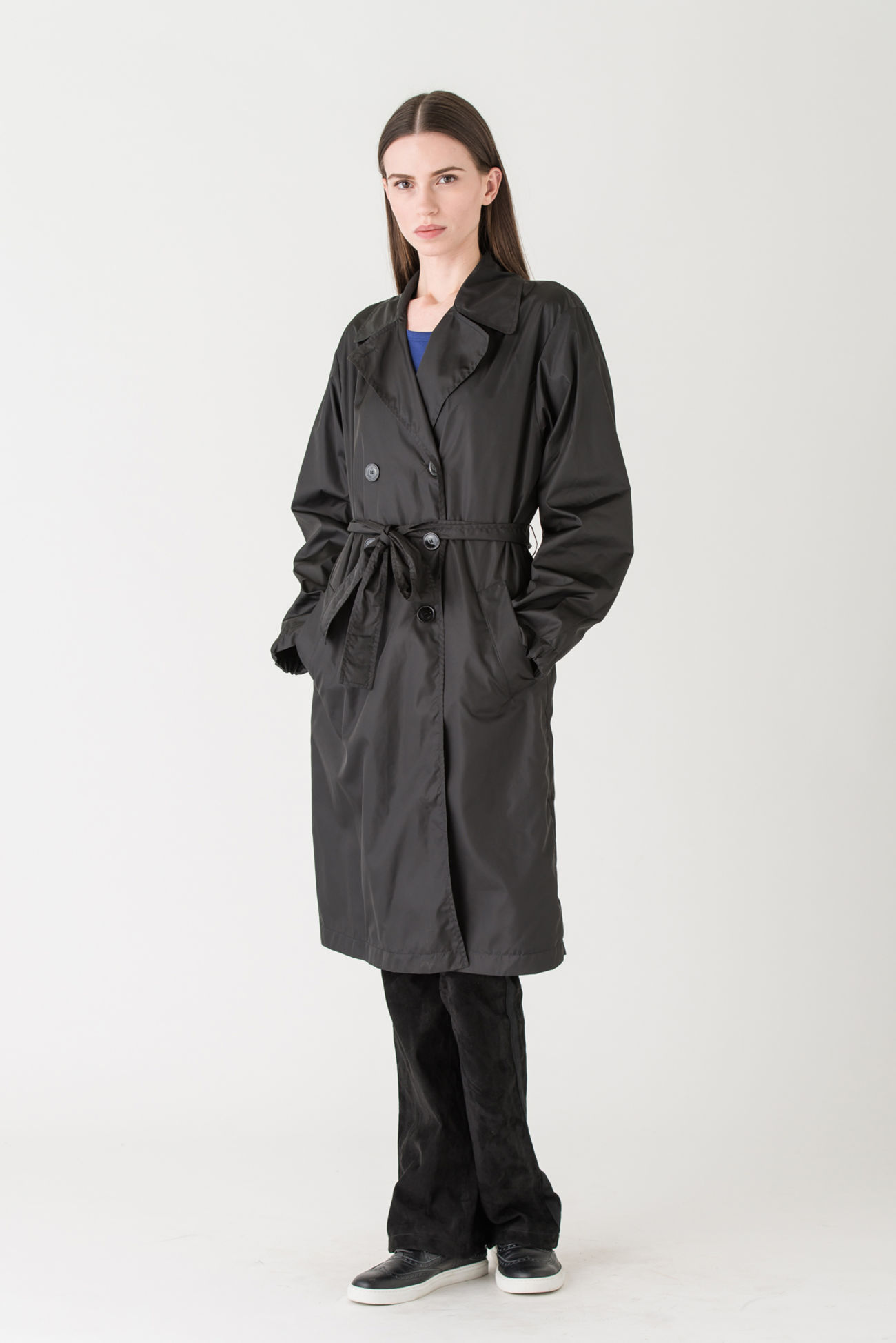 Superior rain coat made of exquisite material