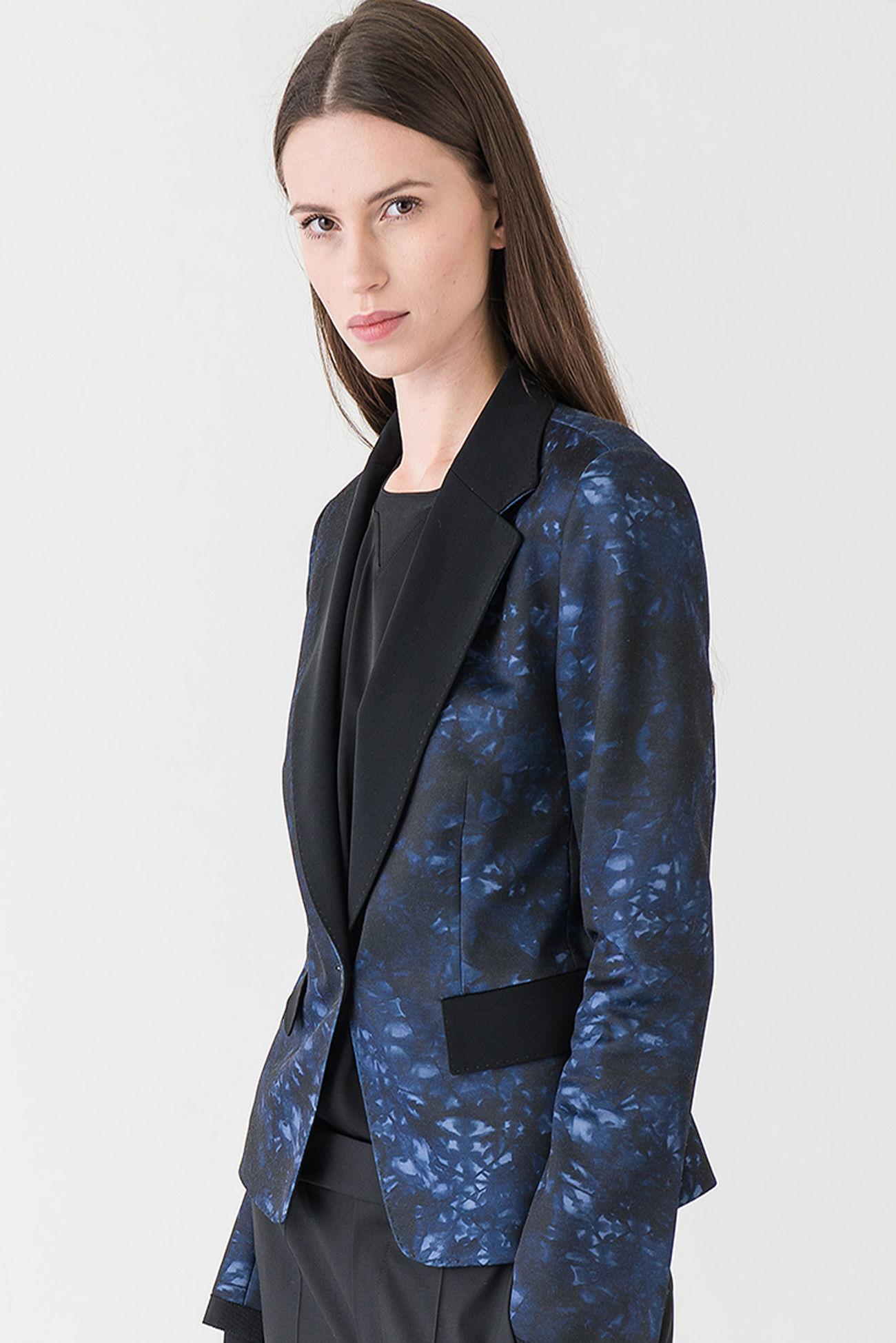Punto Milano blazer in blue Batik print