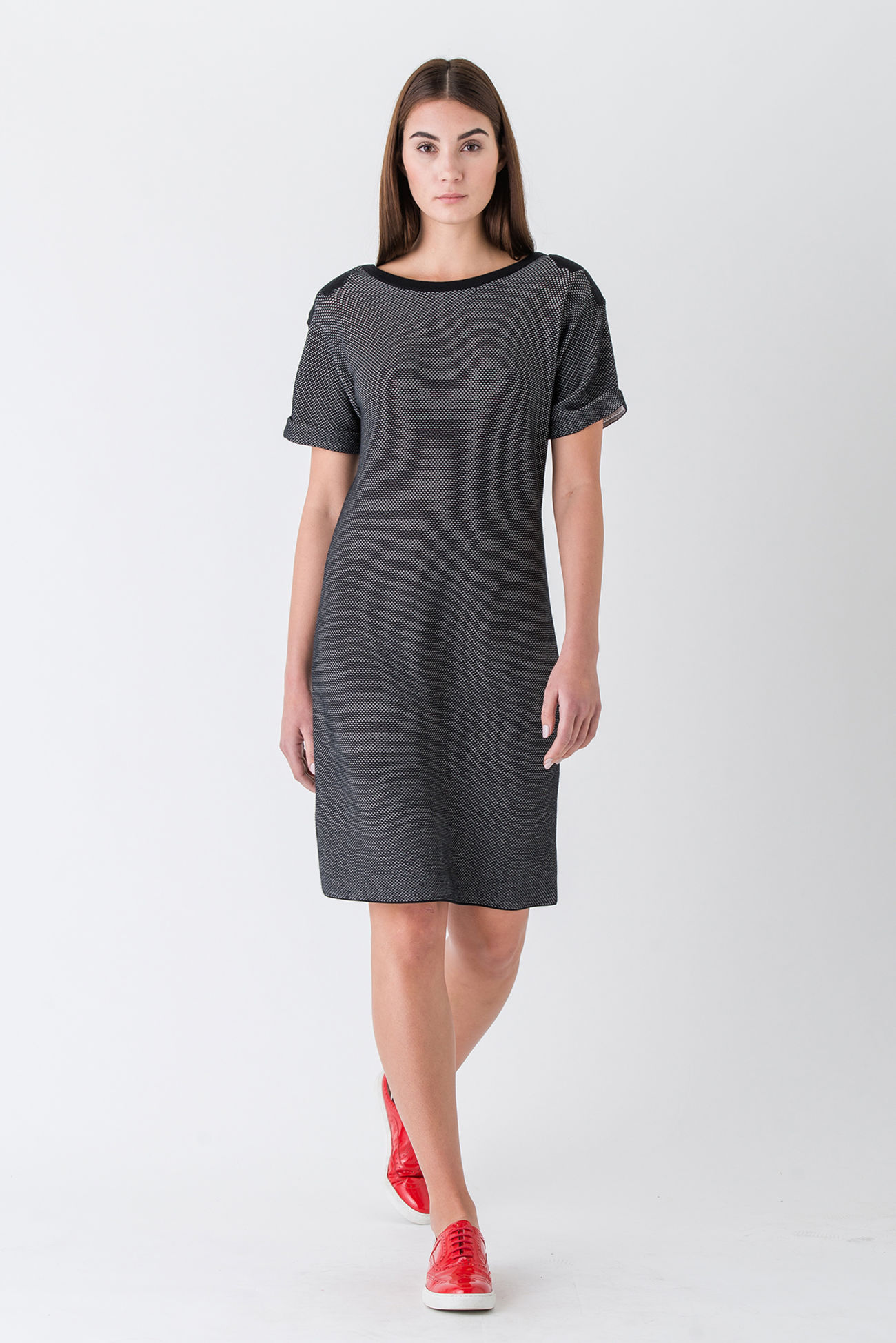 Exquisite shift dress with ajour knit and elegant patches