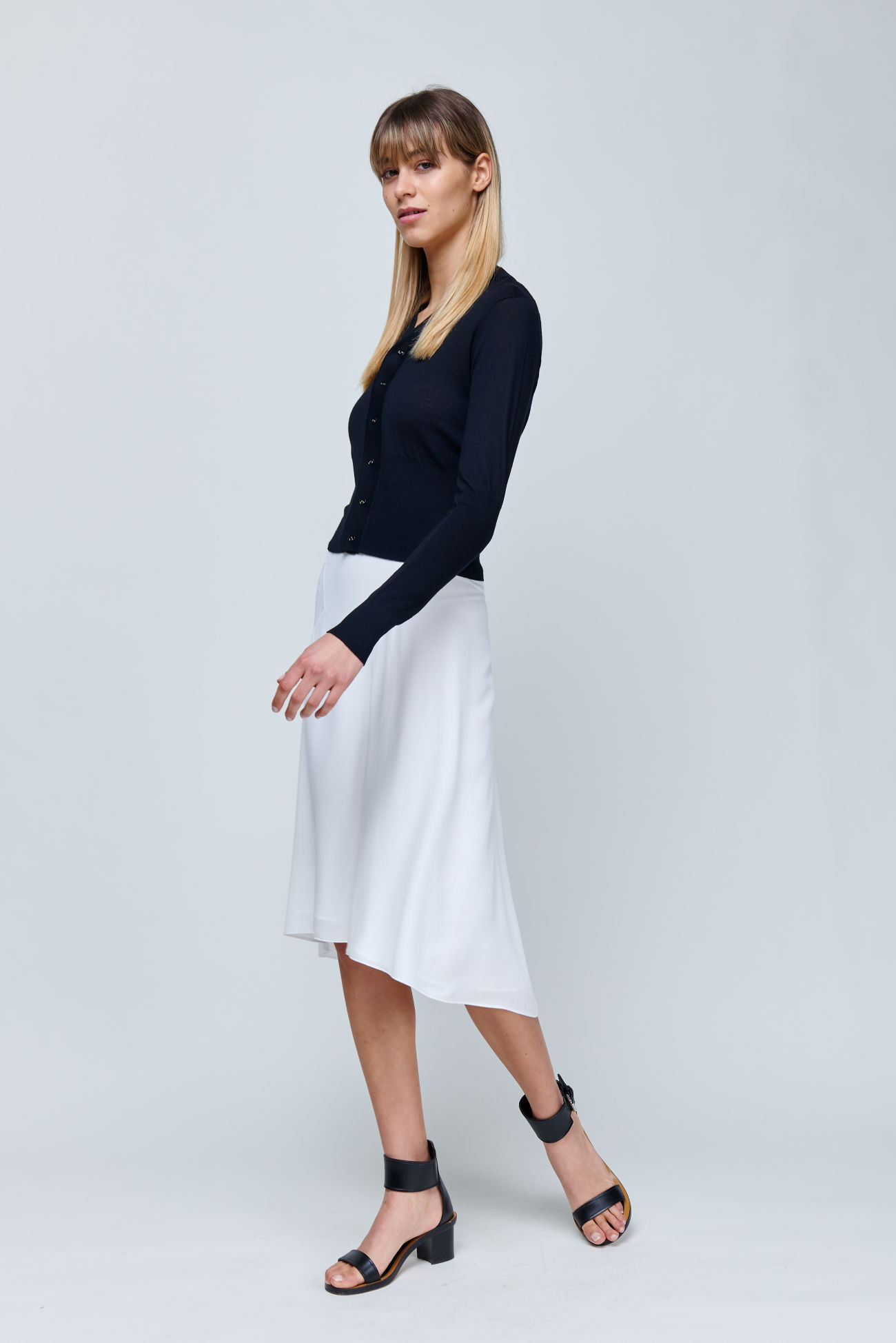 Fluid crêpe skirt