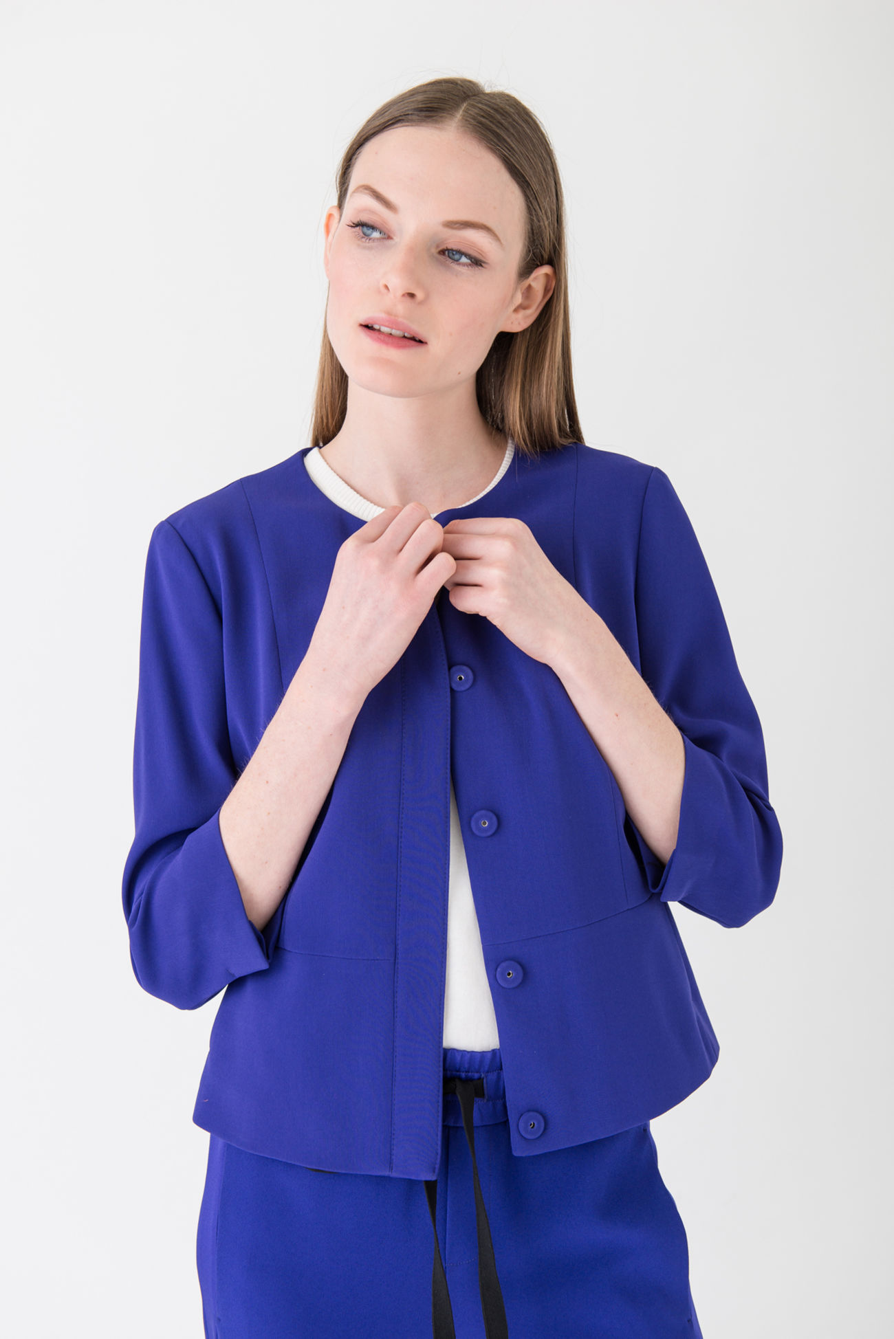 Accentuated short jacket in fashionable Rive-Gauche colours