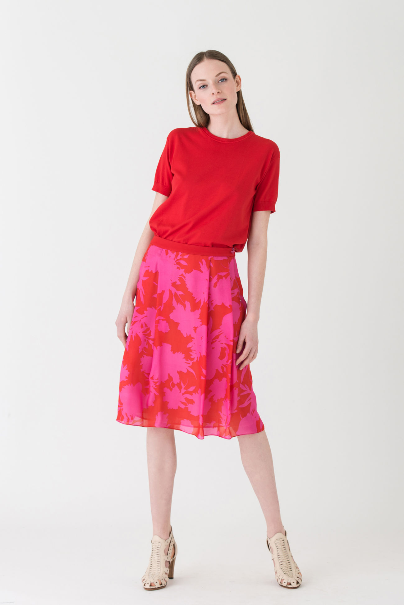 Flowing A-line skirt made of pure silk