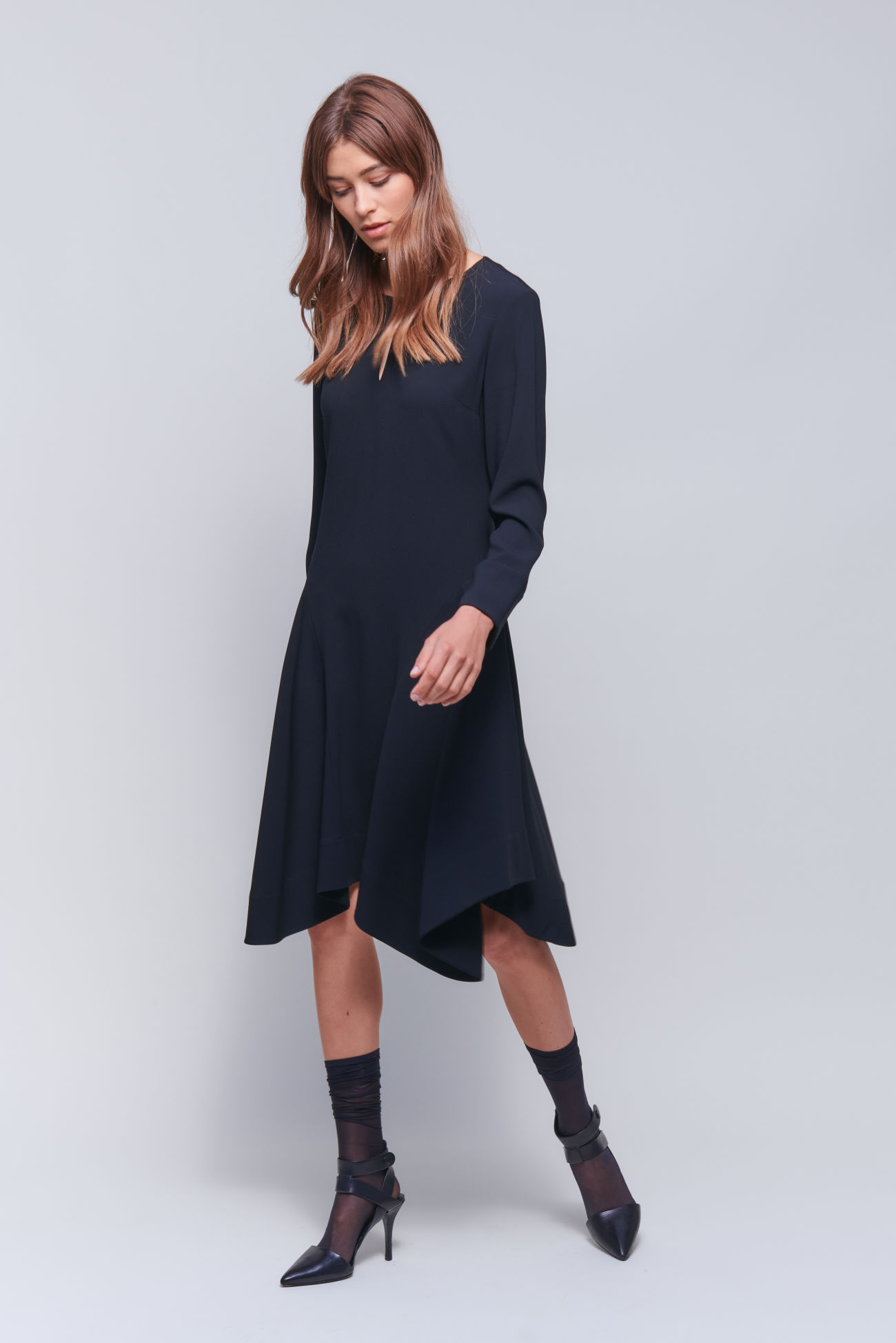 Swinging midi dress in crêpe