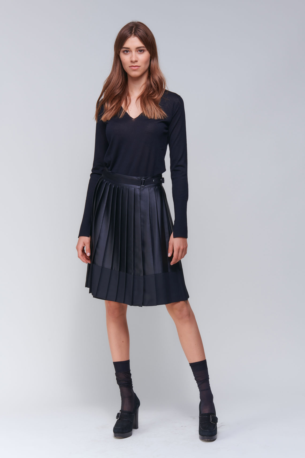 Pleated skirt in matt / shiny - combination