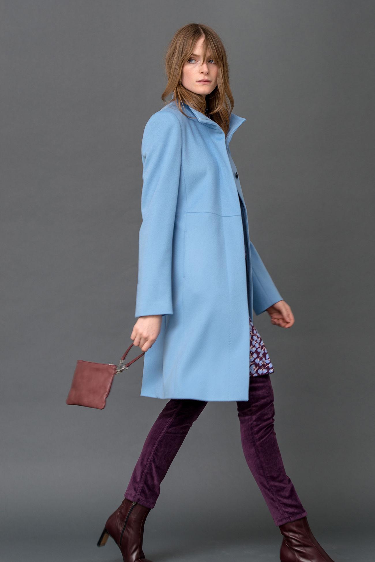 Knielanger Mantel aus Loro Piana Schurwolle
