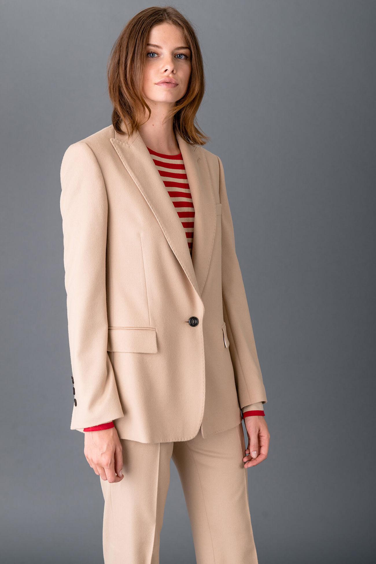Elegant blazer made of new wool cashmere blend