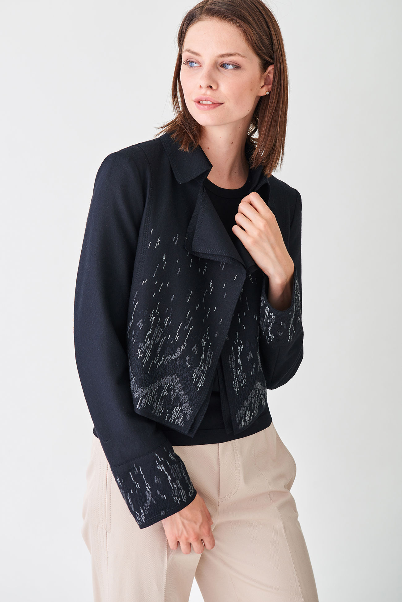 Casual bolero jacket made of fine wool