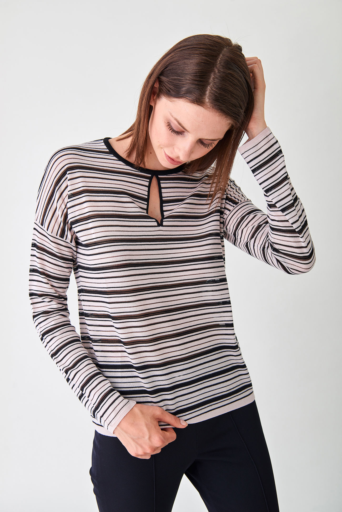 Striped ribbed pullover made of soft wool