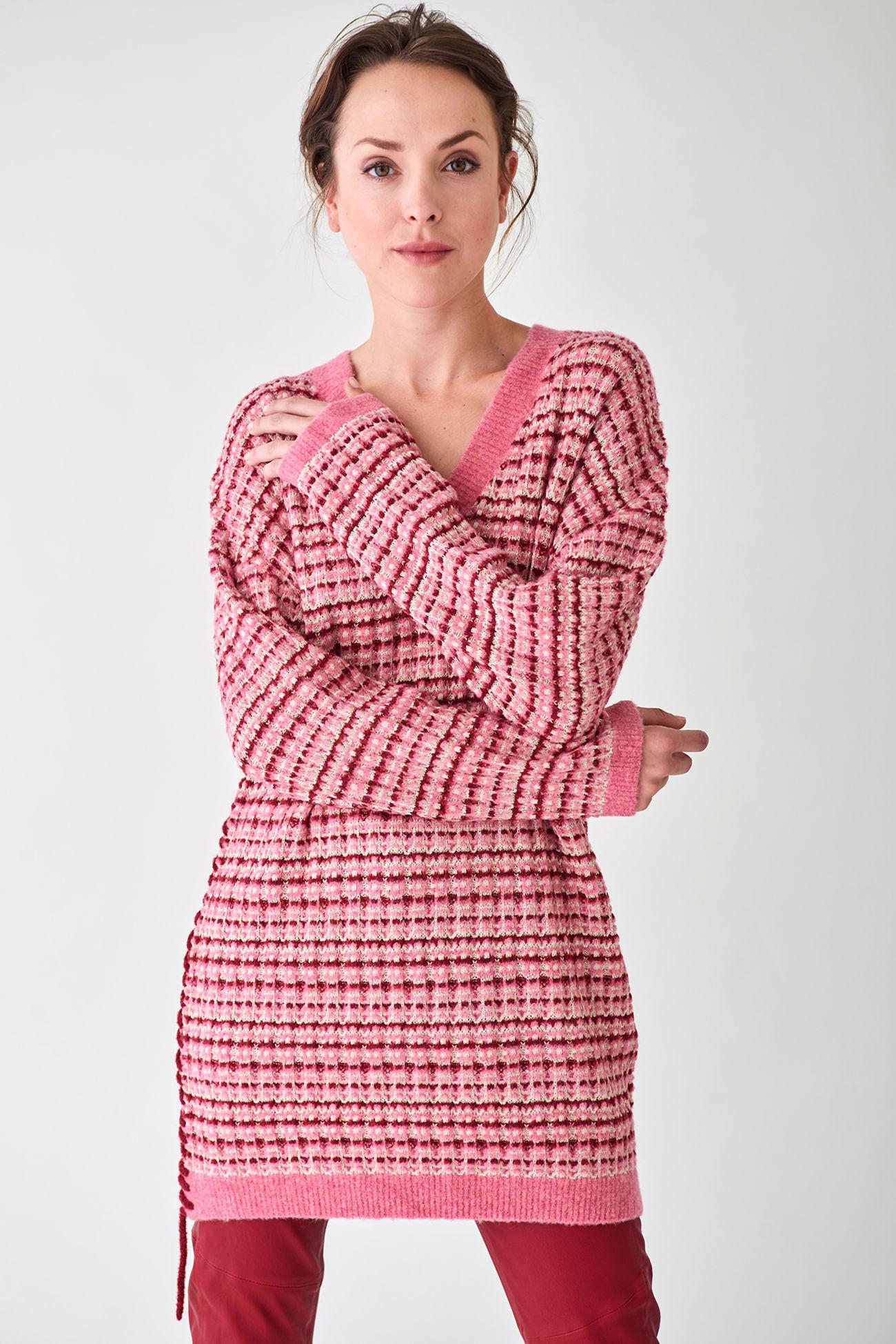 Kuscheliger Oversize- Pullover aus flauschigem Woll-Blend