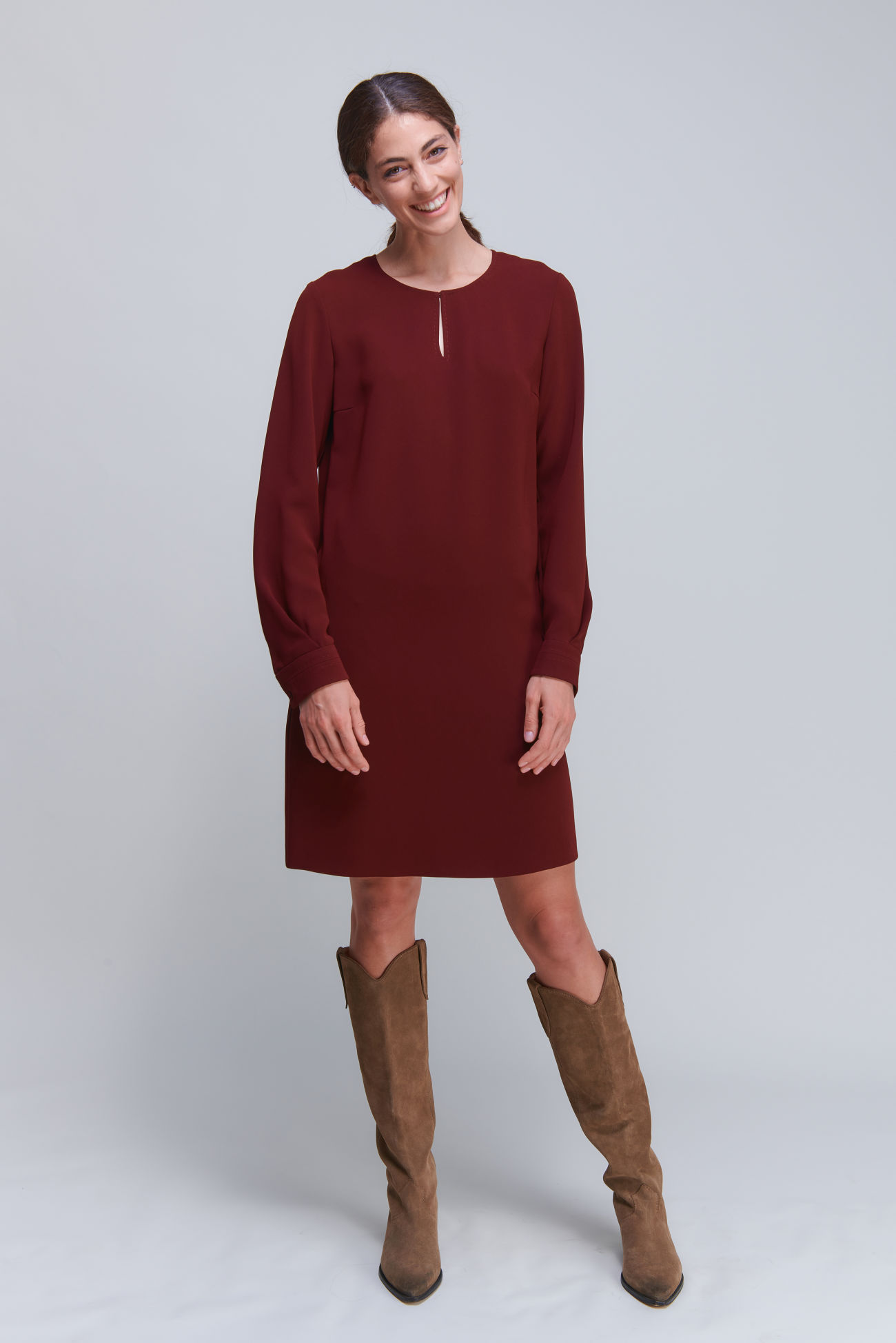 Versatile long sleeve dress in crêpe