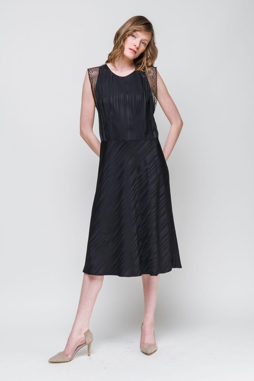 Kleid aus Streifen-Jacquard