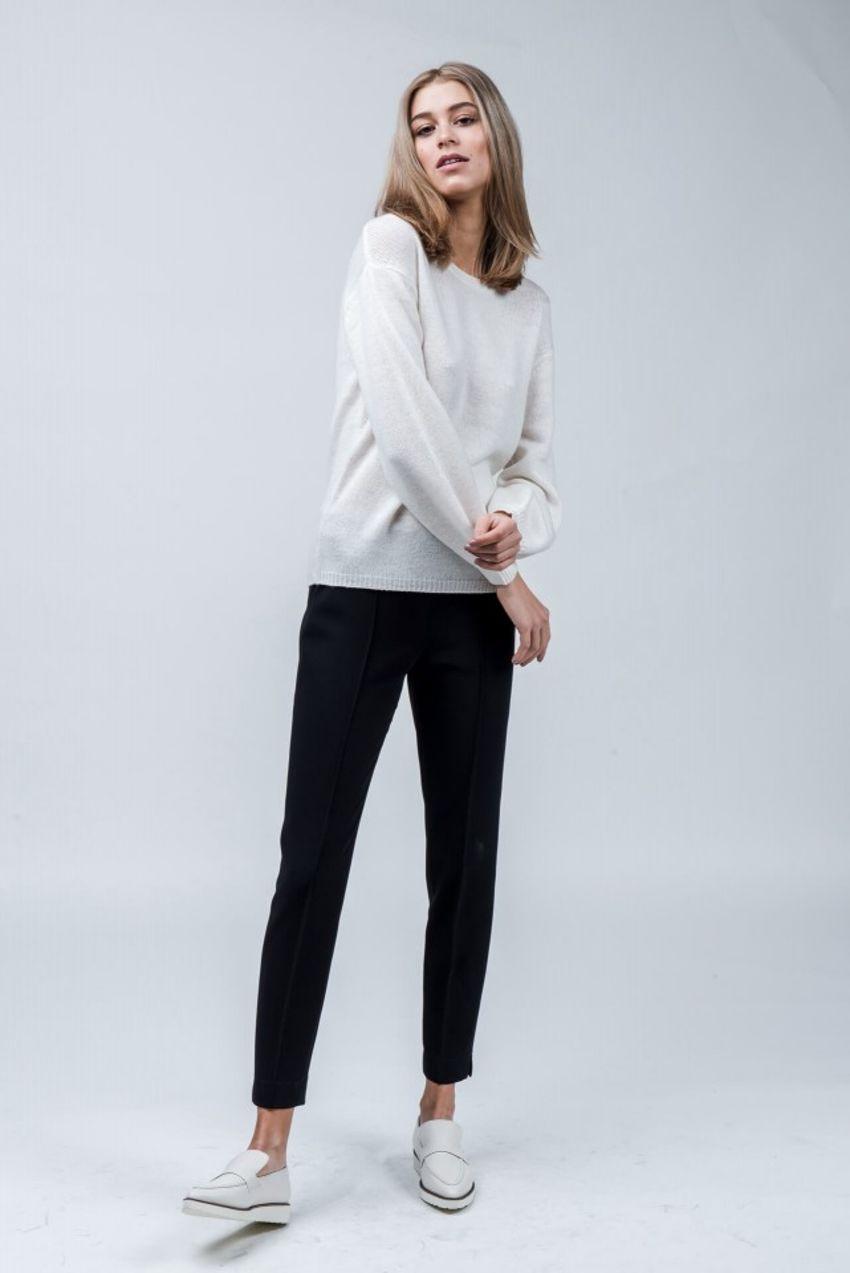 Trousers in travel-crêpe